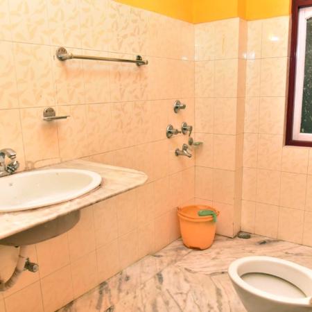 hotel-dikiling-bathroom3